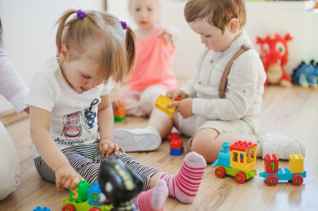подаръци за деца, детски играчки спрямо зодията